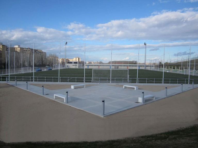 """Campos Municipales de Fútbol """"El Rabal"""". Zaragoza"""